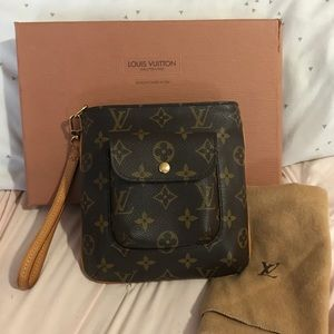 Louis Vuitton Partition Wristlet Handbag